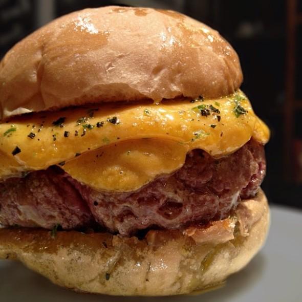 burger_fabio_moon