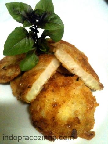 Couve-rábano empanada na farinho Panko